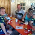 Jürgen Garbatz (hinten rechts) freut sich, dass er nun Mitglied bei der Concordia Merkendorf ist